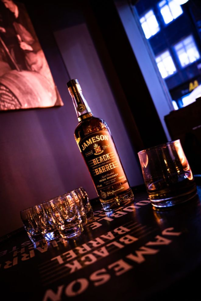 introducing-the-ultimate-whiskey-experience-the-brand-new-black-barrel-pop-up